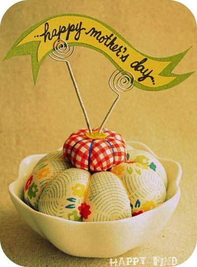 Pincushion for a crafty mama